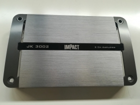 Amplificatore 2x300 W RMS @ 4 Ohm