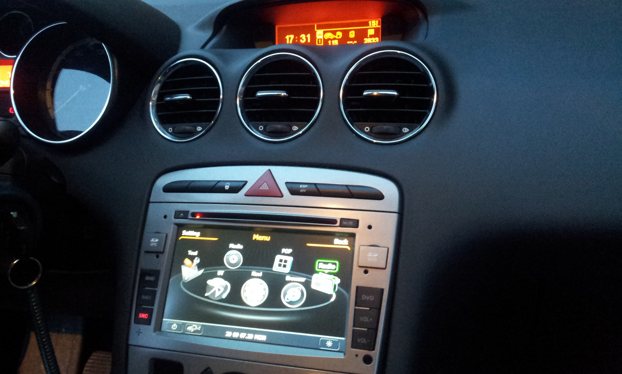 autoradio multimediale per Peugeot 308